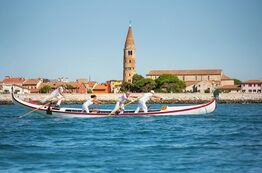 Picture Pareus Resort Caorle - from here you can watch the gondoliers.