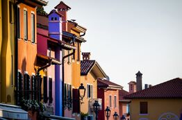 Picture Caorle attracts Pareus visitors with its beautiful old town and colourful houses.