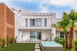 Pareus Beach Resort - Ferienwohnungen zum Mieten in Caorle (Italien) direkt am Meer.